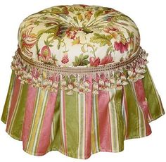 Fringed Tuffet ~ so cute and dainty...pinkandgreenscene.com