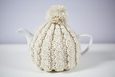 Classy Vintagestyle Tea Cozy by BittyCreations on Etsy, £16.00