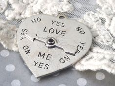 1 Question Answering Pendant Spinning Dial Heart Love Me by BuyDiy