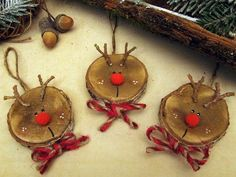 Diy wood ornaments branches ideas for 2019 Christmas Crafts For Kids, Homemade Christmas, Rustic Christmas, Christmas Projects, Holiday Crafts, Christmas Holidays, Wood Ornaments, Diy Christmas Ornaments, Diy Christmas Gifts