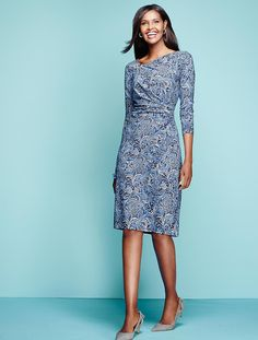 In tonal hues of blue, mixed with crisp, contrasting white, this Artful Paisley print swirls across the front and back of our beautiful Bella dress.