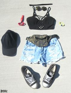 VELD Outfits, My Experience & Festival Tips - Blog Link ---> http://beautybyberrz.blogspot.com/2016/08/veld-outfits-my-experience-festival-tips.html