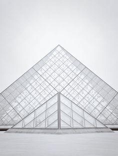 Pyramide du Louvre, I.M. Pei