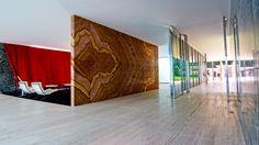 Barcelona Pavilion Interior/ Onyx Wall