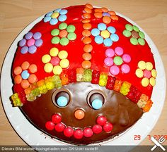 Glückskäfer - ladybug - funny food – creative food prepared for young and old You are in the right place about kids room - Food Humor, Funny Food, Confectionery, Creative Food, Food Design, Food Art, Food Inspiration, Kids Meals, Ladybug