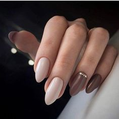 Semi-permanent varnish, false nails, patches: which manicure to choose? - My Nails Maroon Nails, Nude Nails, Nail Manicure, Gel Nails, Acrylic Nails, Classy Nails, Stylish Nails, Nagellack Design, Artificial Nails