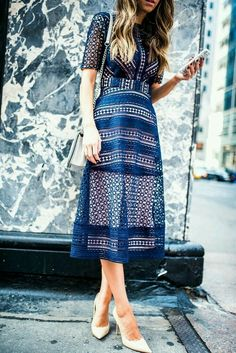 A blue variation on the lace theme.