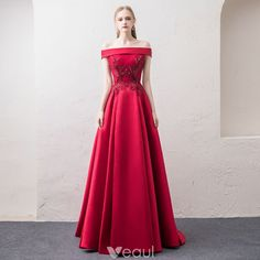 6b204e14da Hermoso Borgoña Vestidos de noche 2018 A-Line   Princess Fuera Del Hombro  Manga Corta Apliques Con Encaje Perla Rhinestone Colas De Barrido Ruffle  Sin ...