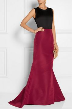 Oscar de la Renta's deep claret skirt is a romantic choice for evening. This silk-faille design is fitted at the waist and drapes to a flared silhouette. It's finished with a trailing train for a subtle touch of drama. Wear it as an elegant alternative to a gown for your next formal event.