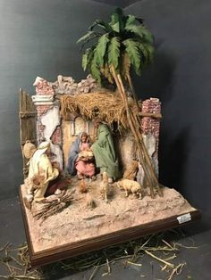 Christmas Nativity Scene, Christmas Carol, Xmas, Christmas Diy, Diorama, Diy Crib, Jesus Christ Images, Halloween Diy, Diy And Crafts