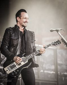 Michael Poulsen - lead singer of Volbeat Kinds Of Music, Music Is Life, Great Bands, Cool Bands, Volbeat, Shady Lady, Music Stuff, Music Bands, Hard Rock