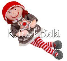 Agatka, mięciutka lalka wykonana ręcznie na drutach.  Wysokość zabaawki -35cm  Wykorzystany materiał: akryl  Wypełnienie - materiał antyaler...