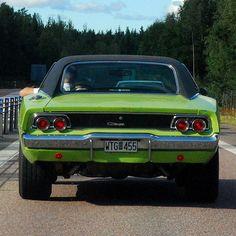 '68 Charger in Motion #dodgechargervintagecars