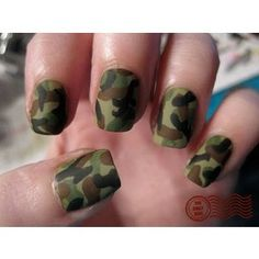 matte camo nails I am really loving it but I would do The ring finger a different color like red of purple or even pink or white but yea something different Love Nails, How To Do Nails, Pretty Nails, Fun Nails, Military Nails, Nailart, Camo Nails, Camo Nail Art, Nail Mania