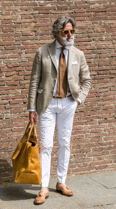 47 Ideas style vestimentaire homme sportif for 2019 Older Mens Fashion, Mens Fashion Suits, Bon Look, Mode Costume, Herren Outfit, Mode Chic, Mens Style Guide, Men Street, Jackett