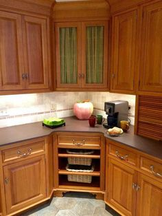 Kitchen corner cabinet is one of the kitchen cabinets designs that you can apply to your kitchen. If you have small kitchen, it is good to apply such design Kitchen Wall Shelves, Kitchen Cupboards, New Kitchen, Kitchen Storage, Kitchen Decor, Cabinet Storage, Cabinet Ideas, Corner Cabinets, Cupboard Ideas