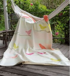 David Fussenegger Sylt Large Throw - Birds - UrbanBaby