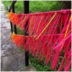 Nine Red: Spotlight: Zip Tie Street Art Plastic Bottle Art, Fence Art, Family Crafts, Color Theory, Community Art, Public Art, Installation Art, Backdrops, Diy And Crafts