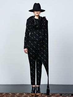'Japan Zagaan Aduu' Fashion Collection // Vega Zaishi Wang | Afflante.com