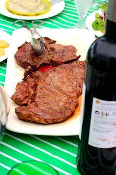 Bifes de Carne Marinhoa com Batata Assada com Raitha - http://gostinhos.com/bifes-de-carne-marinhoa-com-batata-assada-com-raitha/