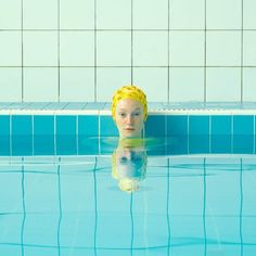 Maria Svarbova creates visually satisfying swimmer portraits that have a Wes Anderson-esque appeal. They feature repetitive swimmers against the backdrop of a patterned pool. Pool Fotografie, Ellen Von Unwerth, Film Inspiration, Swim Caps, Tim Walker, Nautical Fashion, Bathing Beauties, Aesthetic Photo, Photo Art