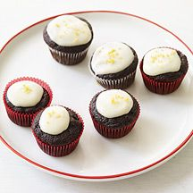 Pureed beets help make these Mini Red Velvet Cupcakes super-moist. A light, lemony cream cheese glaze is the perfect finish. #WWLoves #recipe