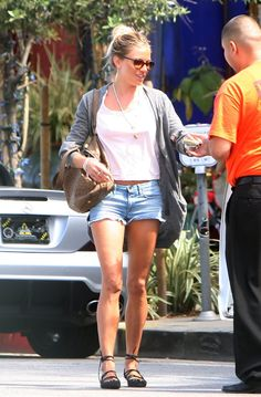 Sienna Miller - Sienna Miller and Jude Law in LA