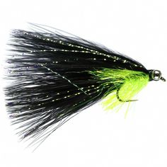 Black Cats Whisher is another deadly lure pattern. Superb on reservoirs for rainbows. Fly Fishing Basics, Fly Casting, Fly Tying Patterns, Cat Whiskers, Rainbow Trout, Fly Rods, Sea Fish, Black Cats, Size 10
