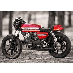 Yamaha RD400 Cafe Racer by Kick Start Garage, California