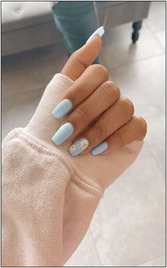 91 simple short acrylic summer nails designs for 2019 page 13 Nageldesign Nail Art Nagellack Nail Polish Nailart Nails Blue Acrylic Nails, Simple Acrylic Nails, Acrylic Nail Designs For Summer, Blue Nail Designs, Metallic Nails, Pastel Blue Nails, Almond Nails Designs Summer, Acrylic Nail Art, Designs On Nails