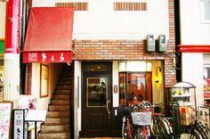街中のオアシスとなっている喫茶店。