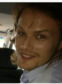 What a cute pic of Sam! Looks a lot like Rachel Lefevre's pic as Brianna....