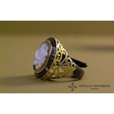 Cameo italiano  - #Ring Rose #jewels #jewelry #anello Rose #gioielli http://www.patriciapapenberg.com/default/kleine-preziosen/cameo-italiano/cameoitaliano-ring-flowers.html