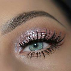 make up;make up for beginners;make up tutorial;make up for brown eyes;make up for hazel eyes;make up organization;make up ideas; Makeup Eye Looks, Simple Eye Makeup, Eye Makeup Tips, Makeup Goals, Natural Makeup, Makeup Ideas, Easy Makeup, Makeup Inspiration, Makeup Inspo