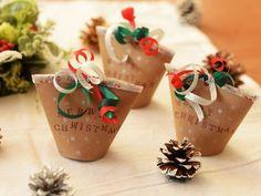 【紙コップや100均グッズで!】クリスマスパーティにピッタリ♡おしゃれなラッピングテク | レシピサイト「Nadia | ナディア」プロの料理を無料で検索