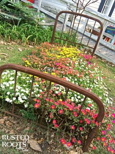 Rusty Iron Bed Upcycle {Garden Flowers} #RustedRoutes