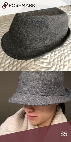 """Gray Fedora Hat Heather gray color with light white stripes. Gently worn. 22"""" or 56 centimeters circumference. Accessories Hats"""