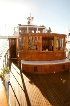 Get married aboard the historic Yacht Zumbrota, built in 1918 once owned by a Ringling Brother! ~ Hornblower Cruises & Events, Marina del Rey, CA Barge Interior, Yacht Interior, Canoe Boat, Sailing Boat, Chinese Boat, Dutch Barge, Yacht Wedding, Wood Boats, Boat Stuff