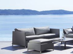 The Diamond 3 seater sofa contains materials hand picked to withstand all types of weather. Despite being common in outdoor furniture, is also comfortable. Outdoor Sofa, Outdoor Furniture, Outdoor Decor, Scandinavian Furniture, 3 Seater Sofa, Diamond, Collection, Design, Home Decor