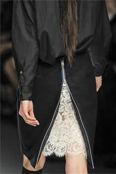 Black skirt with zipper back & a glimpse of ivory lace, fashion details // Sacai Fall 2012