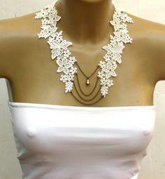 Antique Cream Lace  Necklace Perfect for Bride от vintagebynina, $43.00