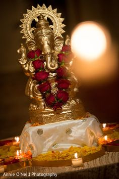 Shri Ganesh Images, Ganesha Pictures, Radha Krishna Pictures, Diwali Decorations, Indian Wedding Decorations, Festival Decorations, Ganesh Chaturthi Decoration, Happy Ganesh Chaturthi Images, Om Gam Ganapataye Namaha