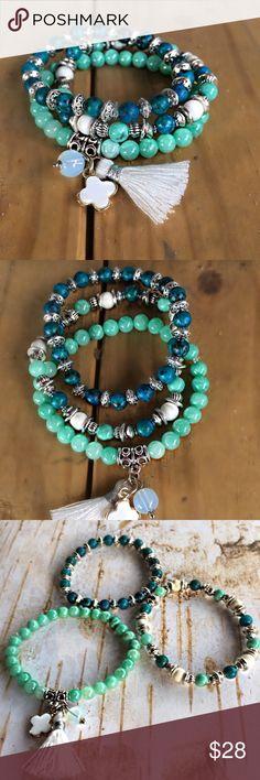 5 X Petite imitation turquoise HAMSA MAIN charms argent ou or