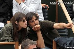 Charlotte Gainsbourg and Yvan Attal at Roland Garros (2008) #charlottegainsbourg #yvanattal