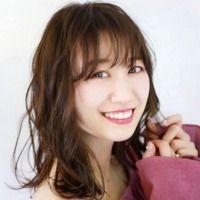 パーティーや結婚式などにぴったり!元AKB48 CinDyが4パターンのアレンジで大変身♡ Short Cuts, Hair Styles, Beauty, Short Hair, Pixie Cuts, Hairdos, Cosmetology, Hairstyles, Short Hairstyles