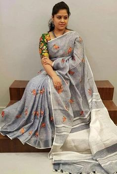 Color : Grey Fabric: Linen Length: Standard mtrs Blouse Piece: Included Wash Instructions: Cold Wash Only Sari Blouse, Saree Blouse Neck Designs, Fancy Blouse Designs, Saree Dress, Blouse Patterns, Saree Jewellery, Elegant Saree, Cotton Saree, Cotton Blouses