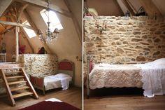 murs de pierre et poutres apparentes