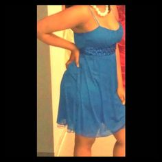 Gorgeous knee length blue dress Gorgeous knee length blue dress!!! Wore one time for a banquet. ❤️ Ruby Rox Dresses Midi
