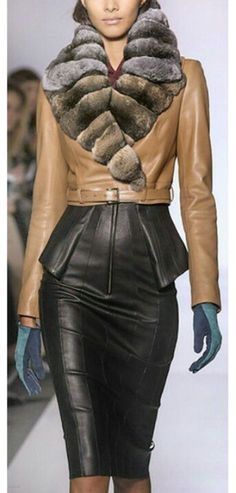 Leather Trends: Jean Claude Jitrois Leather Jacket and Leather Skirt Fur Fashion, Leather Fashion, Look Fashion, High Fashion, Womens Fashion, Fashion Design, Mode Chic, Mode Style, Style Me