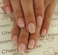 Short natural looking acrylic nails; neutral color coffin shape summer design The post Short natural looking acrylic nails; neutral color coffin shape summer design appeared first on Aktuelle. Long Nails, My Nails, Coffin Nails Short, Fall Nails, Spring Nails, Shiney Nails, Acrylic Nails Autumn, Light Pink Acrylic Nails, Classy Acrylic Nails